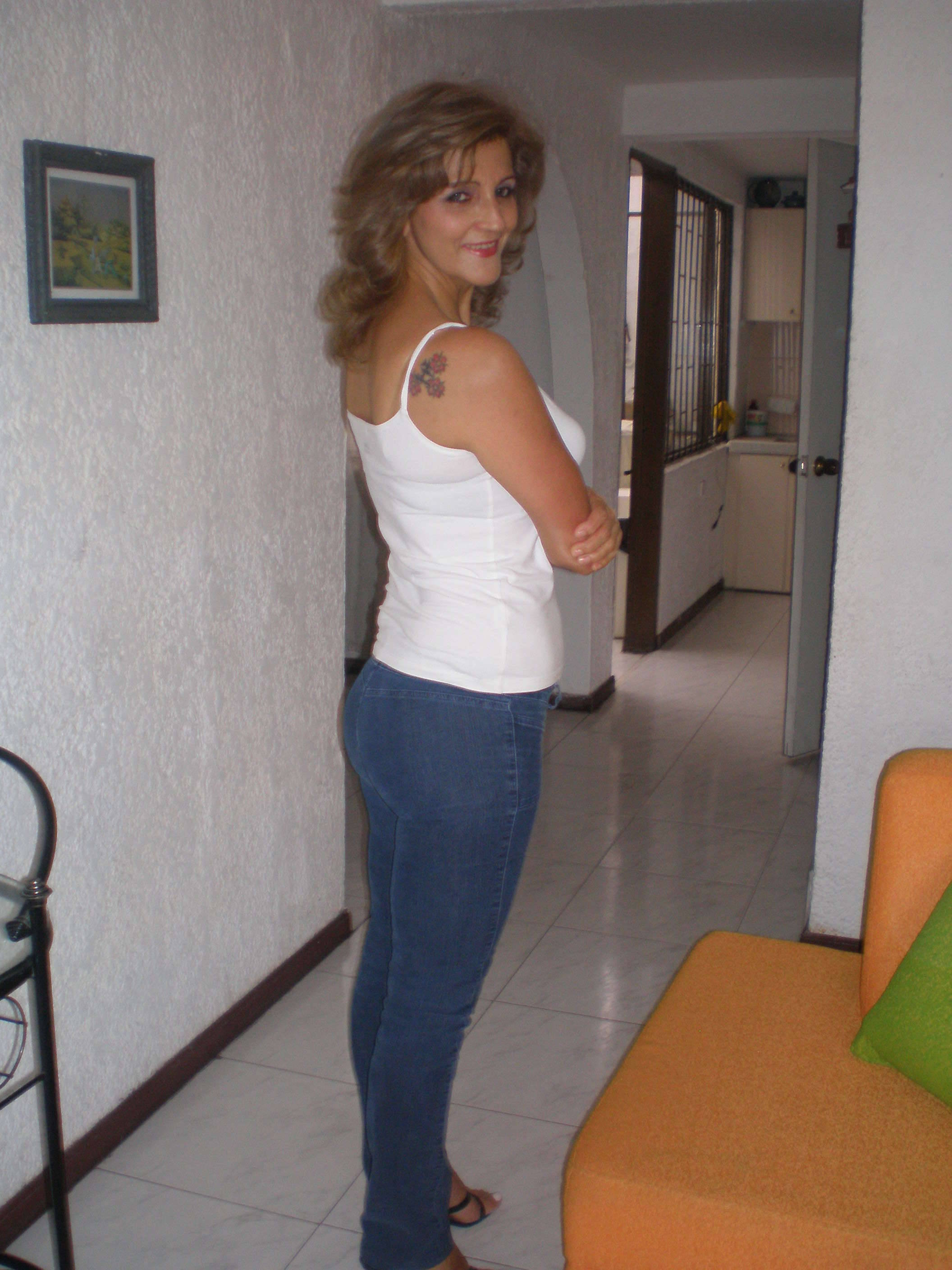 carlotta latin dating site Chat with carlotta, 22 today from arezzo, italy start talking to her totally free at badoo.