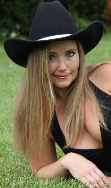 Russian women for marriage Online Ukraine dating site